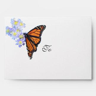 Sobres de la mariposa para las invitaciones