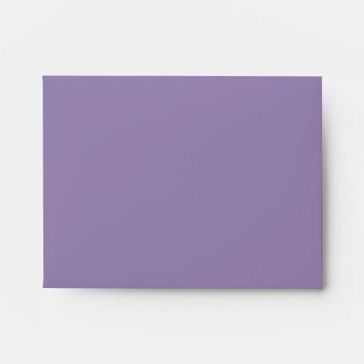 Sobres de lino elegantes de RSVP de la púrpura