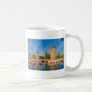 Sobres de Pont de la torre de Alsacia Estrasburgo Taza De Café