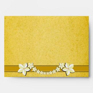 Sobres florales del personalizado del boda del oro