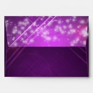 Sobres púrpuras fucsias del FIESTA del ambiente
