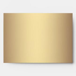Sobres rojos del lino del oro