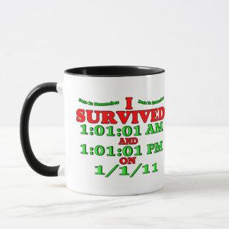 Sobreviví 1-1-11 (la Feliz Año Nuevo) Taza