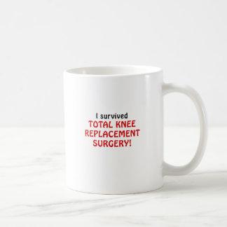 Sobreviví cirugía total del reemplazo de la taza de café
