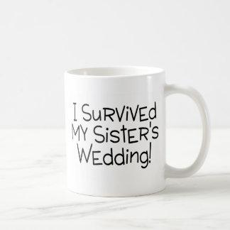 Sobreviví el boda de mi hermana (el negro) tazas