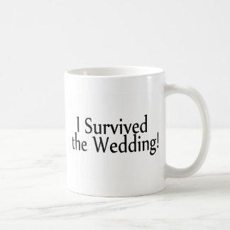 Sobreviví el boda tazas