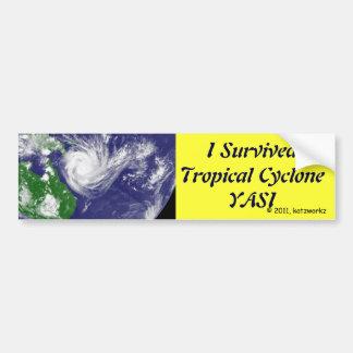 Sobreviví el ciclón tropical YASI Pegatina De Parachoque