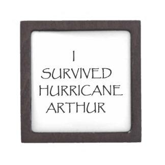 Sobreviví el huracán Arturo Cajas De Regalo De Calidad