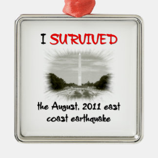 Sobreviví el terremoto 2011 de la costa este adorno navideño cuadrado de metal