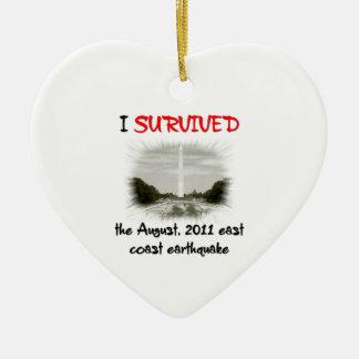 Sobreviví el terremoto 2011 de la costa este adorno navideño de cerámica en forma de corazón