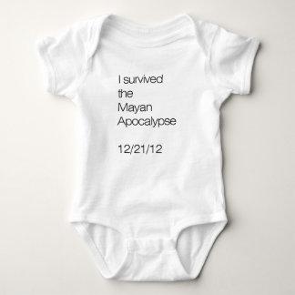 Sobreviví la apocalipsis maya 12/21/12 tee shirts