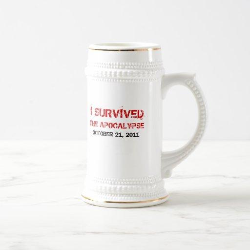 Sobreviví la cerveza Stein de la apocalipsis Tazas De Café