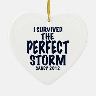 Sobreviví la tormenta perfecta, Sandy 2012, Adorno Navideño De Cerámica En Forma De Corazón