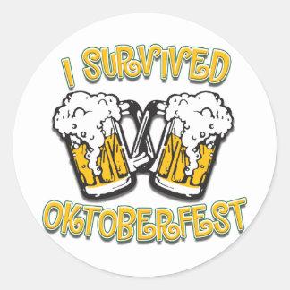 Sobreviví Oktoberfest Pegatinas Redondas