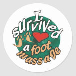 Sobreviví un masaje del pie pegatinas redondas