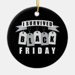 Sobreviví viernes negro ornamento para arbol de navidad