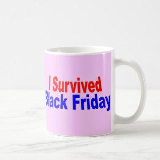 ¡Sobreviví viernes negro! Taza De Café