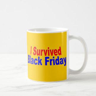¡Sobreviví viernes negro! Tazas De Café