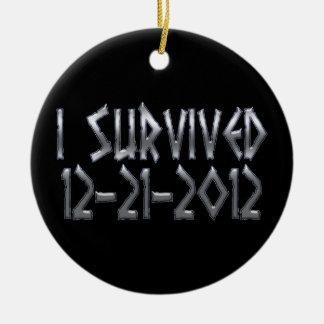 Sobrevivido 2012 adorno redondo de cerámica