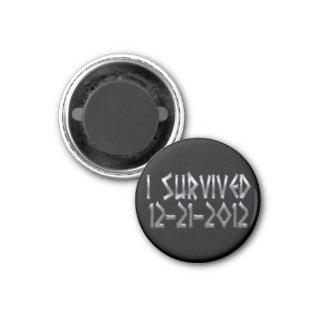 Sobrevivido 2012 imán redondo 3 cm