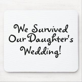 Sobrevivimos nuestro casarse de las hijas tapete de ratón