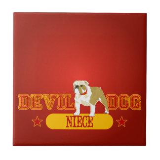 Sobrina del perro de diablo azulejo cuadrado pequeño