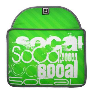 SoCal; Rayas verdes de neón Fundas Macbook Pro