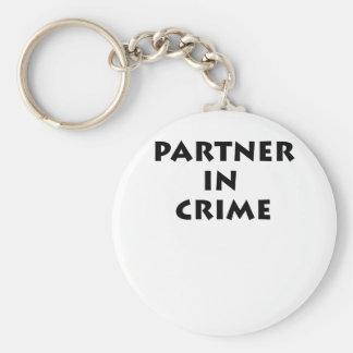 ¡Socio - adentro - crimen! Llavero Redondo Tipo Pin
