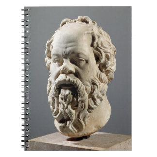 Sócrates, cabeza de mármol, copia de un bronce del libro de apuntes con espiral
