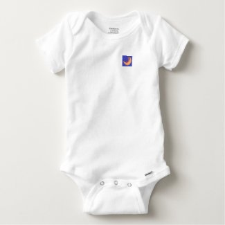 Soft cotton baby T with snaps.
