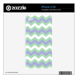 Soft Green and Blues Zigzags Skin For iPhone 4S