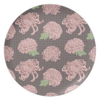 Soft Pink Chrysantemum Seamless Pattern Plate