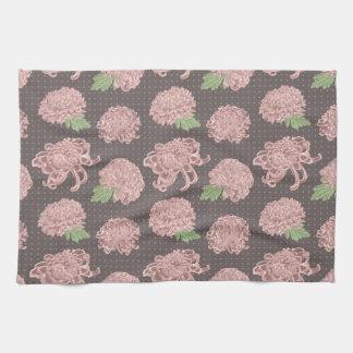 Soft Pink Chrysantemum Seamless Pattern Towel