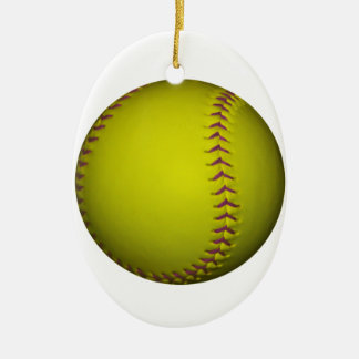 Softball amarillo con las puntadas púrpuras adorno navideño ovalado de cerámica