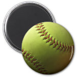 Softball amarillo mini imán redondo 5 cm