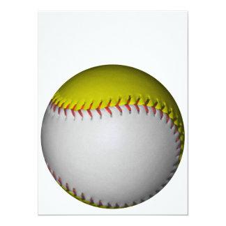 """Softball/béisbol blancos y amarillos invitación 5.5"""" x 7.5"""""""