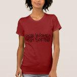 Softball del juego de las mujeres reales camiseta