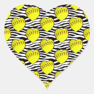 Softball en forma de corazón en modelo de la cebra pegatina en forma de corazón
