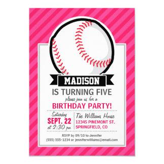 Softball en rayas rosadas invitación 12,7 x 17,8 cm