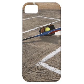 Softball, softball glove and bat at home plate iPhone SE/5/5s case