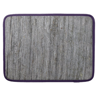 Softened board wall with white moss sleeve for MacBooks