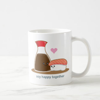 Soja feliz junto tazas de café