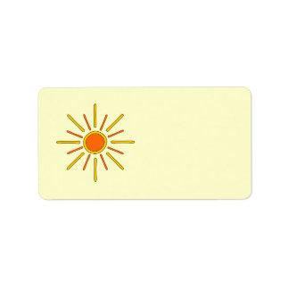 Sol del verano. Amarillo y naranja Etiquetas De Dirección