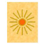 Sol del verano. Colores amarillos calientes Postal
