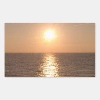 Sol poniente pegatina rectangular