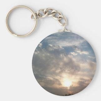 sol y nubes agradables llaveros personalizados