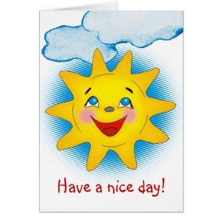 Sol y nubes felices - plantilla de la tarjeta