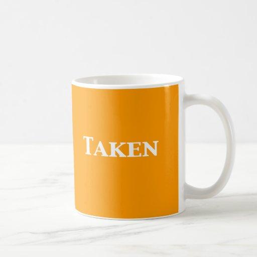 Sola datación o regalos tomados taza de café