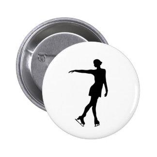 Sola figura negro y blanco del patinador pin redondo 5 cm