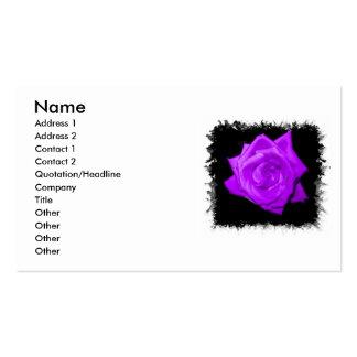 Sola lila púrpura subió contra el negro hecho punt plantillas de tarjetas de visita